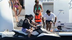 Y Thiago también paseó en la moto - Goal.com