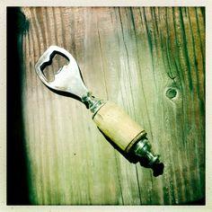 DIY Bottle Opener.  #reclaimedwoodbottleopener #rusticgroomsmengifts #retrobottleopener