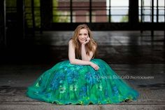 Courtney – Class of 2012 – Puyallup Senior Photographer | Connie Riggio Seattle Tacoma Photographer