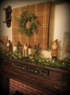 primitive Christmas mantle display