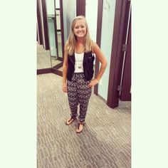 Courtney W. working the palazzos!! #COMO0645 #PalazzoPant #first15