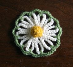 Vintage Daisy Motif; crochet version designed after the old Bloom Loom flowers