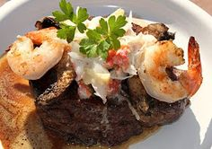 What's Cookin' Italian Style Cuisine: Filet Mignon Topped with Portabello,Shrimp,Crab with Creamy Italian Garlic Wine Sauce
