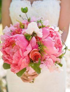 Google Image Result for http://www.bridalflower.org/wp-content/uploads/2012/05/fresh-flowers-wedding-bouquets-3.jpg
