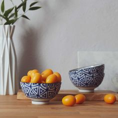 Japanese designed bowls with a modern, geometric pattern (in our favourite colour combination!)