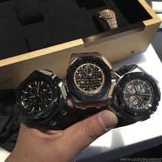 SIHH New Audemars Piguet Royal Oak Offshore 44 mm ref. Hands-on Live Pictures & Pricing. Audemars Piguet Watches, Audemars Piguet Royal Oak, Watch Master, Royal Oak Offshore, Live Picture, Luxury Watches For Men, Cool Watches, Men's Watches, Photos