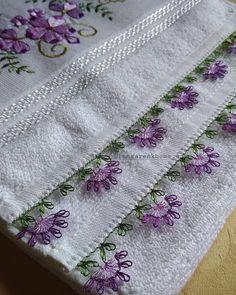 En Gösterişli 39 Havlu Kenarı İğne Oyası Modelleri Flower Embroidery Designs, Hand Embroidery Patterns, Baby Knitting Patterns, Needle Lace, Cutwork, Tatting, Knots, Elsa, Diy And Crafts