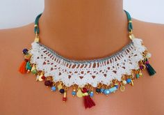 Very fashionable necklace with real stones and lace with by myumay