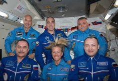 http://www.blog.universidades-rusia.com/2013/06/24/dos-astronautas-rusos-realizaron-caminata-espacial-de-6-horas-en-la-estacion-espacial-internacional/ Los comsmonautas rusos Yurchijin y Alexandr Misurkin iniciaron hoy (lunes 24 de Junio del 2013) una caminata espacial para hacer trabajos de mantenimiento en la Estación Espacial Internacional (EEI), la misión tendrá una duración de 6 horas