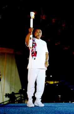 Muhammad Ali holding the torch, at the 1996 Atlanta Olympics