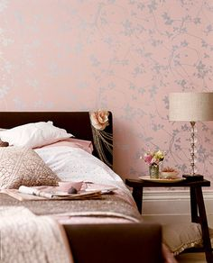 Fit for a lady (styled by Lucyina Moodie) #bedroom #blush #wallpaper