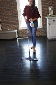 Company coming? Get your home ready for visitors with a deep clean from Bona PowerPlus® Hardwood Floor Deep Cleaner. The oxygenated formula has bubbling action to loosen stubborn dirt - it works harder so you don't have to.