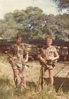 Selous Scouts during the Rhodesian Bush War c. Military Special Forces, All Nature, Modern Warfare, Guerrilla, Vietnam War, Cold War, Kendo, Military History, South Africa