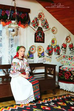 Romanian girl-tradition and magic. Polish Clothing, Folk Clothing, Romanian Girls, Romania Travel, Art Populaire, Thinking Day, Character Costumes, Folk Costume, My Heritage