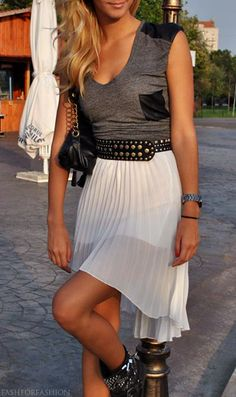 love everything about this outfit!!! so edgy. my style to tha maxxx