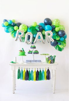 Have a ROAR-ing Good Time with this Dinosaur Birthday Party! - Project Nursery - Beth's Card Creations - Have a ROAR-ing Good Time with this Dinosaur Birthday Party! Dessert Party, Birthday Party Desserts, 4th Birthday Parties, Birthday Party Decorations, Dessert Tables, 1st Birthday Party Ideas For Boys, Dinosaur Decorations, Cake Table, Birthday Balloons