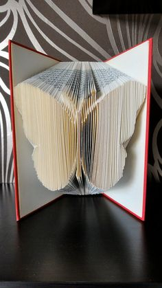 Folded Book Art - Butterfly - Unique present - Vlinder