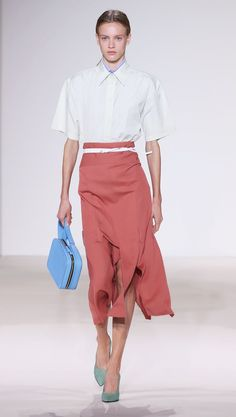 The pencil skirt is making a comeback for S/S 18. Click here to see how to wear the skirts now.
