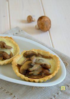 tartellette ai funghi Finger Foods, Apple Pie, Tacos, Ethnic Recipes, Desserts, Cocktail, Recipes, Pies, Tailgate Desserts