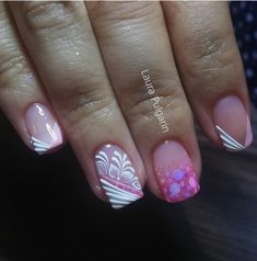Nails, Beauty, Finger Nails, Accent Nails, French Tips, Fingernail Designs, Ongles, Nail, Beauty Illustration