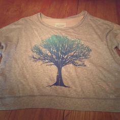 Aeropostale crop sweatshirt. Never worn. NWOT. Excellent condition. Aeropostale Tops Sweatshirts & Hoodies