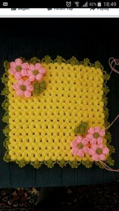 This Pin was discovered by Ayş Diy Projects To Try, Doilies, Diy And Crafts, Blanket, Creative, Farmhouse Rugs, Crocheted Afghans, Crochet Flowers, Crochet Stitches