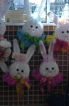Easter Bunny Wreath  Deco Mesh How To Make by BunnyTailsBoutique, $11.00    HEY BELINDA AND LINDA .... Cuteness !!!