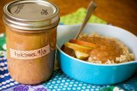 My Bit of Earth: Applesauce and Oatmeal