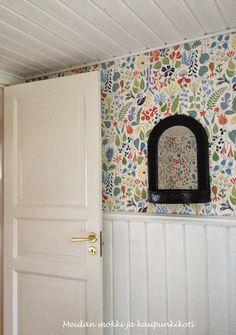 MÖKKI JA KOTI AHVENANMAALLA: remontti Wallpapers, Mirror, Furniture, Home Decor, Homemade Home Decor, Mirrors, Wallpaper, Home Furnishings, Decoration Home