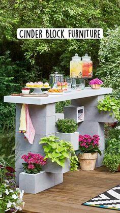 Diy Outdoor Bar, Diy Patio, Pergola Patio, Diy Garden, Garden Projects, Garden Beds, Garden Table, Diy Projects, Small Patio Ideas On A Budget