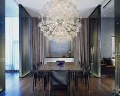 The Dramatic Dining Room Of A Chicago Art Dealer, Designed By Wheeler  Kearns Architects. L Interiors