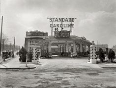 *Washington, D.C., circa 1926. Minute Service Station, Georgia Avenue N.W