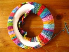 how to make a crochet wreath. I want to do this @ DIY Home Cuteness