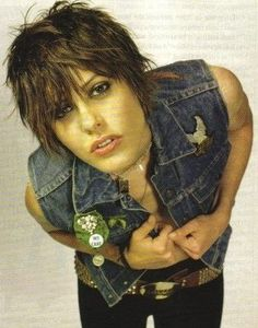 Kate Moeing aka Shane from the L Word She always looks like a rock star. Love her style