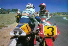 1988. Eddie Lawson gana la carrera de 500cc en Jerez. En la foto junto a @TheWayneGardner. 142 días y #LlegaJerez !!