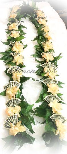 Money Lay For Graduation, Graduation Crafts, Graduation Leis, Graduation Celebration, Graduation Decorations, College Graduation, Money Lei, Money Origami, Hobbies And Crafts