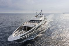 Yacht Panthera: Meeting with the cat of the ocean