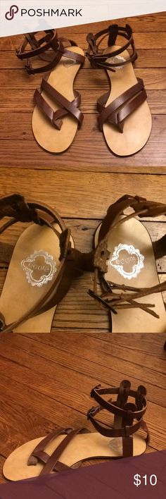 Ecote leather sandals Cute Ecote leather sandals. Stamped size 9, but run narrow. Excellent condition. ecote Shoes Sandals
