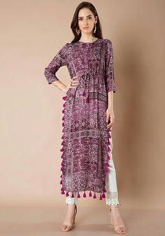 Indian wear with tassels Kaftan, Pakistani Outfits, Indian Outfits, Indian Attire, Indian Wear, Kurta Designs, Blouse Designs, Hijab Fashion, Fashion Dresses