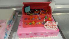 Jewelry box cake