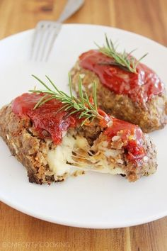 Mozzarella-Stuffed Mini Meatloaves | 21 Low-Carb Dinners That Will Keep You Warm This Winter