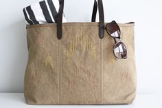 Poppytalk: DIY: Ikat Inspired Beach Bag