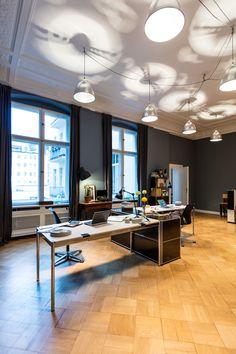 #interiordesign #furniture #design #Office #Meeting #Business #bureau #architecture #designlovers #USM #USMhaller #usmMakeItYours #moderndesign #livingroom #classic #classics #interior