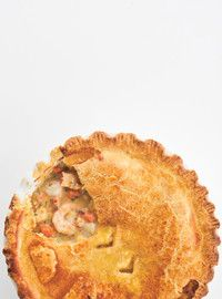 Magdalen Islands' Seafood Pot Pie (Pot-en-Pot) - I bought frozen puff pastry instead of making my own and it worked wonderfully. Seafood Pie Recipe, Seafood Pot Pie, Best Seafood Recipes, Healthiest Seafood, Seafood Dishes, Fish And Seafood, Fish Recipes, Recipies, Ricardo Recipe