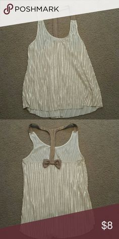 Adorable tank top* BUNDLE PURCHASE ONLY NWOT, smoke-free and pet-free home, junior's large, bow on back* YOUR ORDER WILL BE CANCELED IF NOT PURCHASED IN A BUNDLE Tops Tank Tops