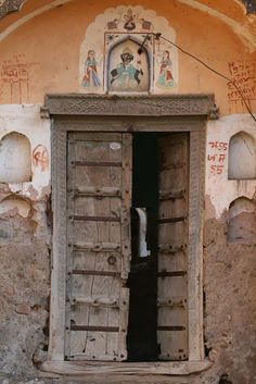 The Interior Perspective: Interesting Doors from Around the World !!