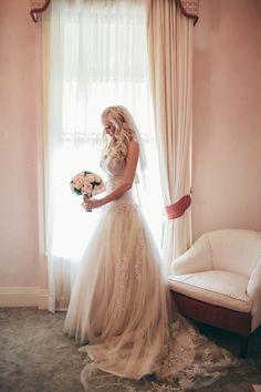 Champagne wedding dress and veil | The Brides Tree - Sunshine Coast Wedding