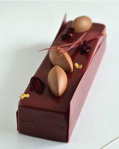 Blackcurrant & chocolate. By @marinasamol #DessertMasters by dessertmasters