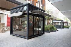 BKT Mobiliario Urbano | Quiosco comercial 004 Cafe Shop Design, Coffee Shop Interior Design, Kiosk Design, Container Coffee Shop, Container Cafe, Container House Design, Café Exterior, Casa Magnolia, Container Restaurant