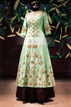 // Adding to the #festive flavour //  #DesignerGowns #Asopalav #Ahmedabad #ReceptionWear #Granduer #Royal #elegance #elegantmotifs #ElegantBridalWear #DesignerCollection #NewCollection #Indianweddings #Indianfashion #BigFatIndianWeddings #Bridalwear #BridalElegance #NewGenerationBrides #IndianEthnicWear #bridalboutique #bridalinspiration #NRIBrides